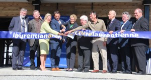 Premier Helps Open Laurentian School of Architecture